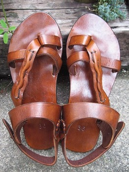 leather sandal2.jpg